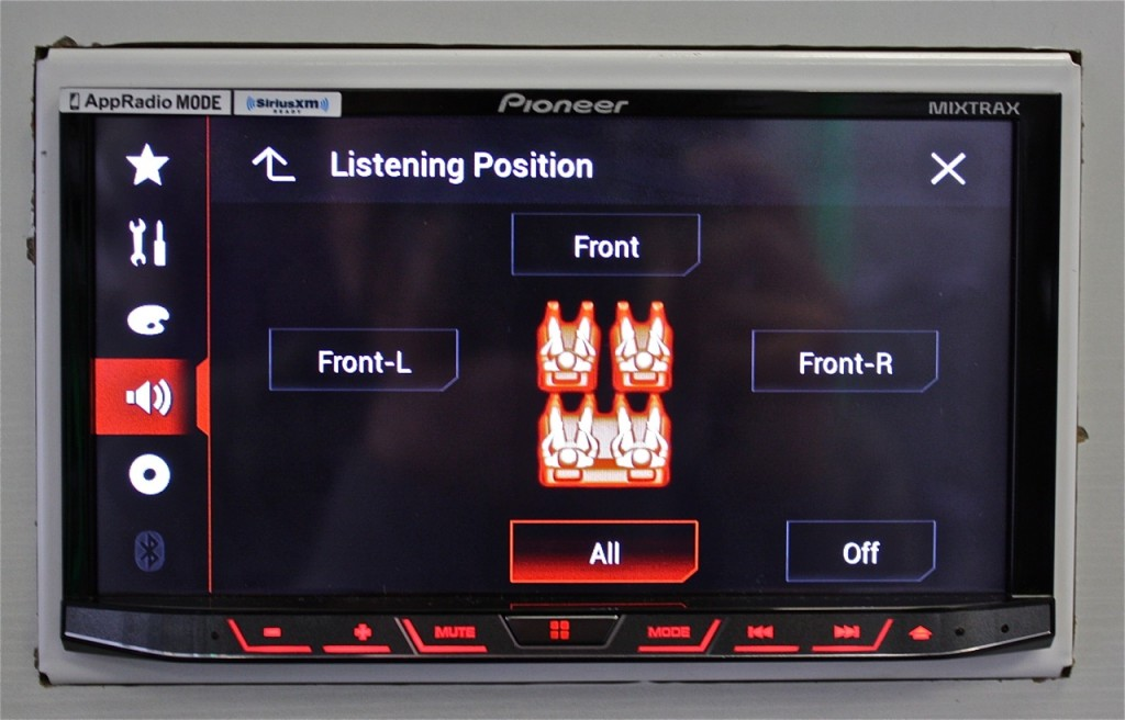 Best Double DIn 2015 - Pioneer AVH-4100NEX Listening Position