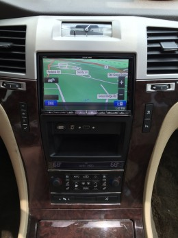 Alpine X008-U installed in Cadillac Escalade with KTX-ESD8 dash kit