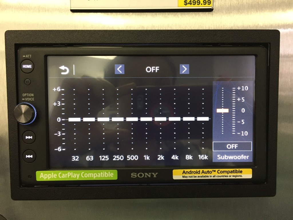 Sony XAV-AX100 Review - EQ screen.