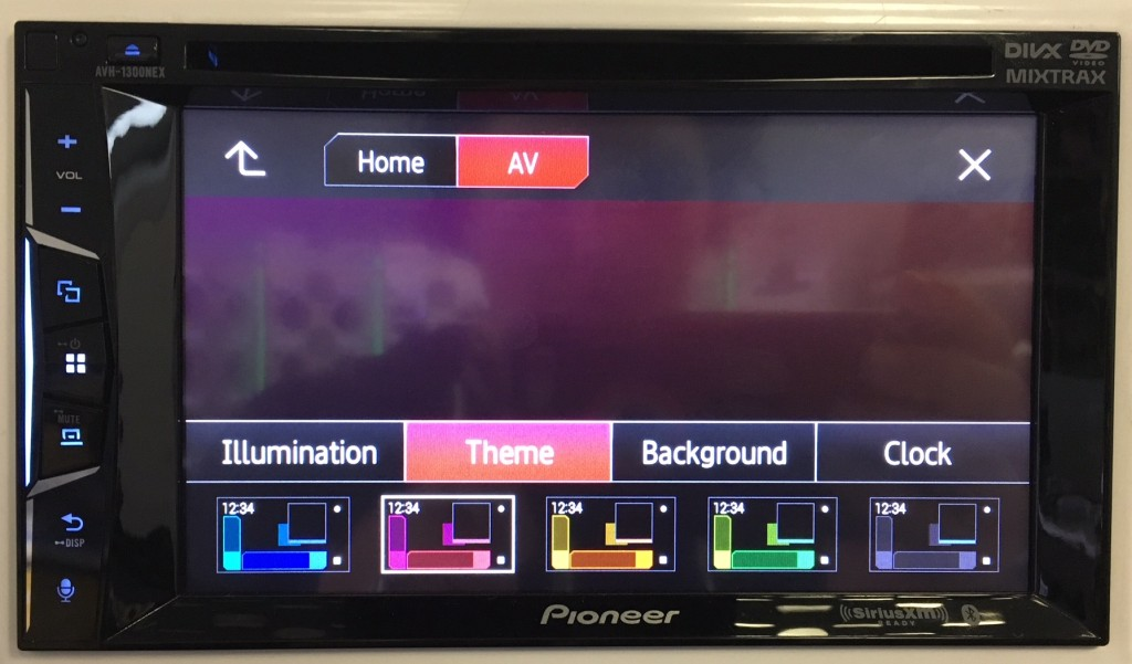 Pioneer AVH-1300NEX review color display options