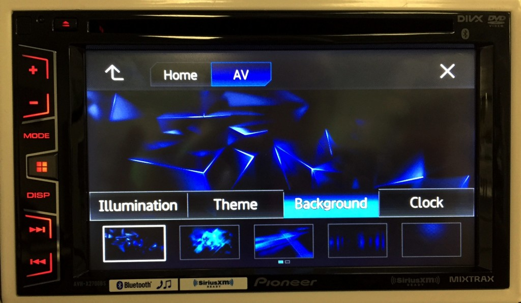 Pioneer Double Din AVH-X2700BS has multiple splash screens to choose from.