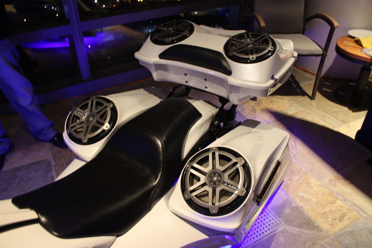 Jl Audio Ces 2015 Car Stereo Reviews News Tuning Wiring How Marine Speakers Installed On Bike